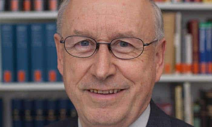 Sth Basel Prof. Dr. Armin Sierszyn Min