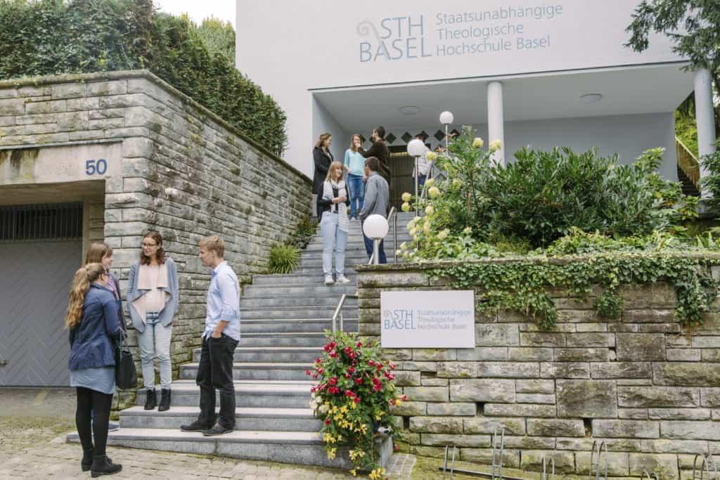 STH Basel Eingang