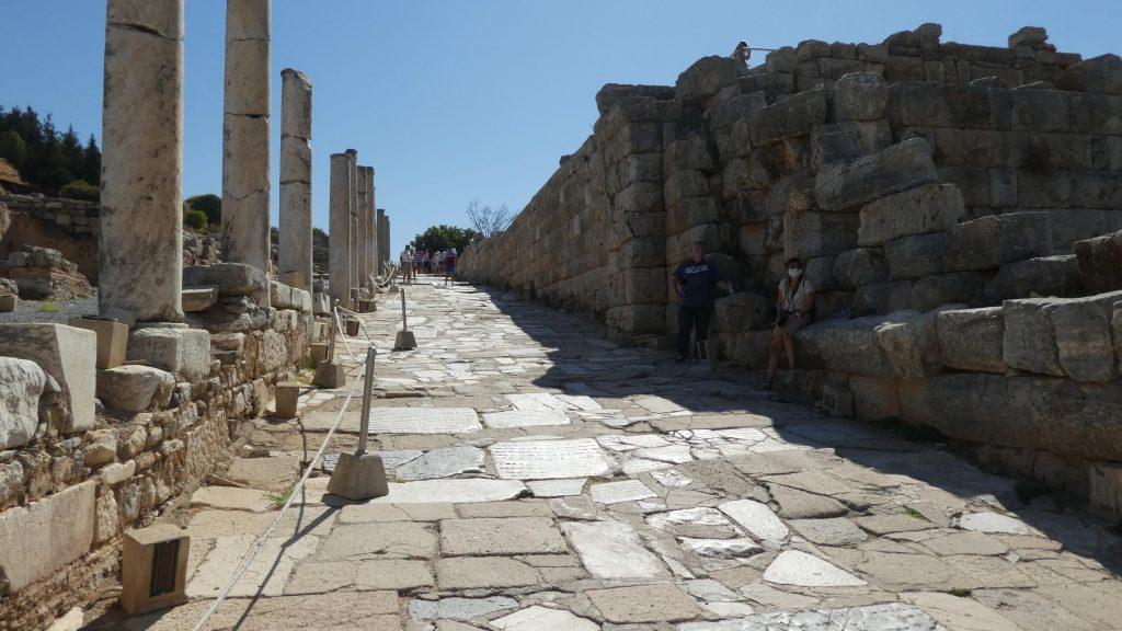 Historisches Ephesus Auf Den Spuren Des Apostel Paulus 2020